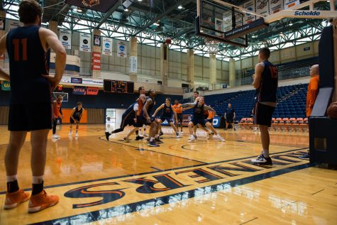 UTSA men's basketball looks for fresh start in Steve Henson era