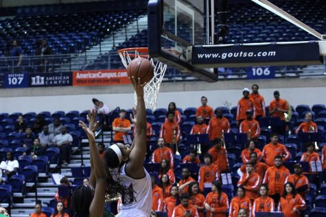 Roadrunners fall to Marshall, squeak by WKU