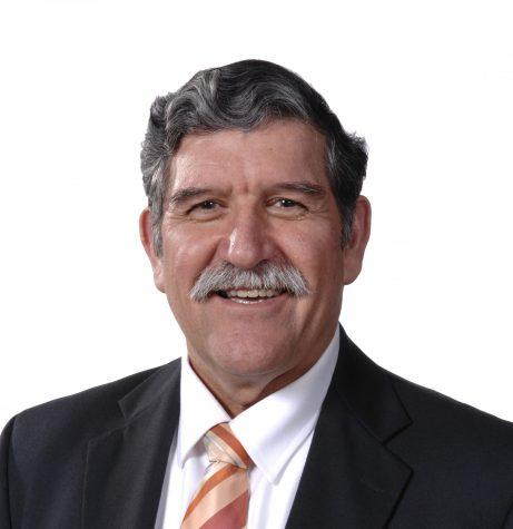 Dr. Romo steps down as UTSA President