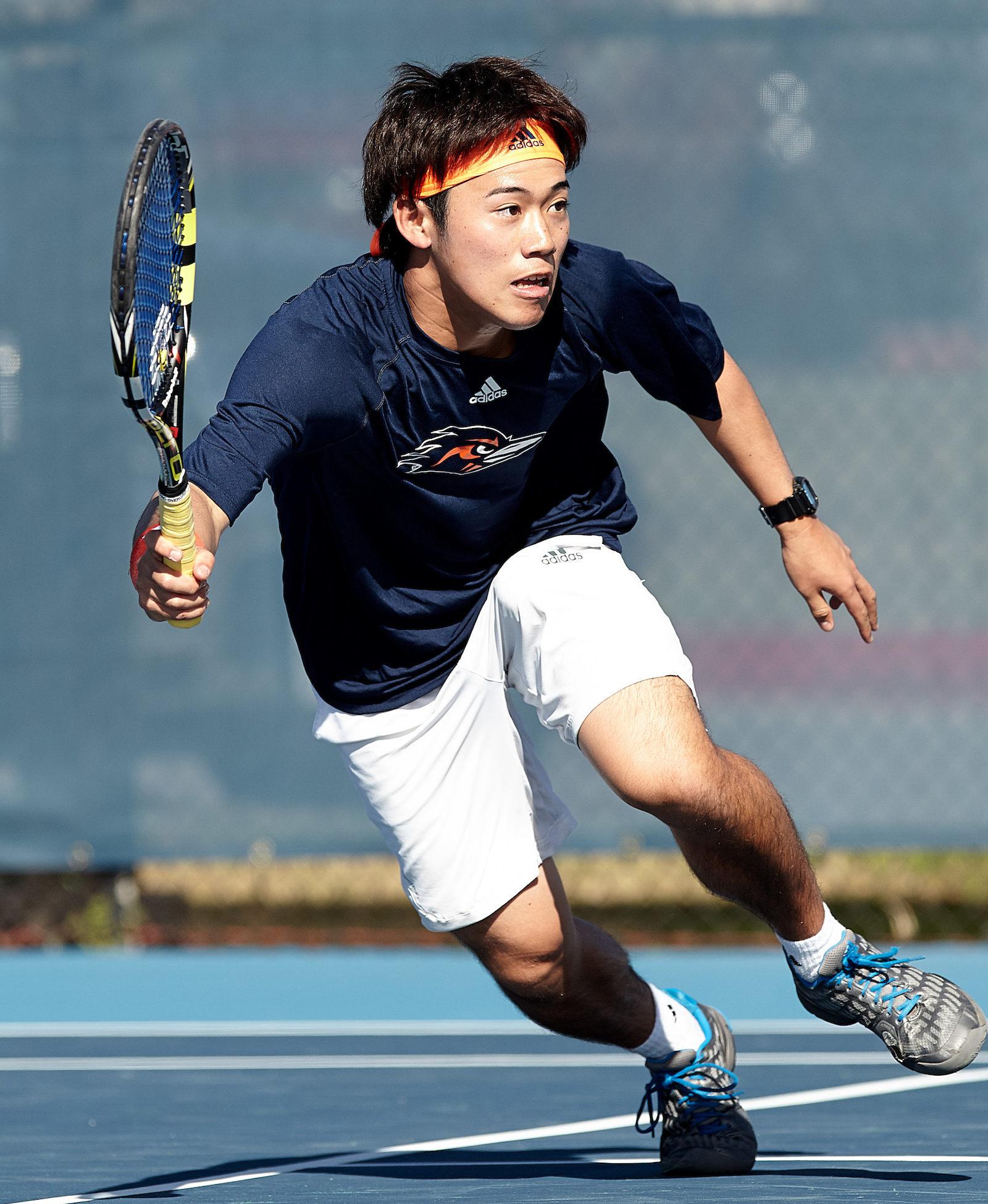 Takeru Watanbe chases down the shot. Photo by Jeff Huehn