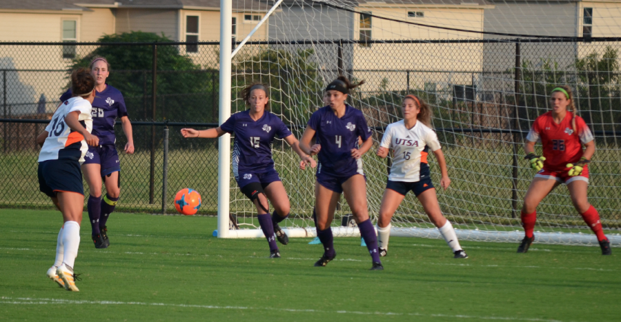 Ladyjack defenders scramble to clear the ball as UTSA threatens. Photo Courtesy of Kevin Meyer/SFA Athletics
