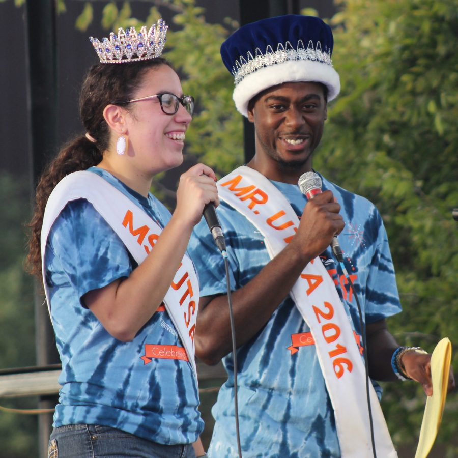 Former Mr. & Ms. UTSA host the Golf Cart Parade of BestFest. Ben Shirani/The Paisano