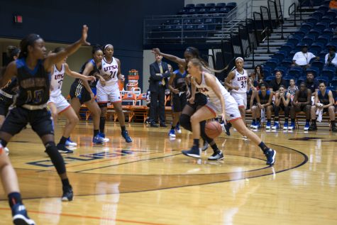 UTSA women's basketball begins new era under Holt