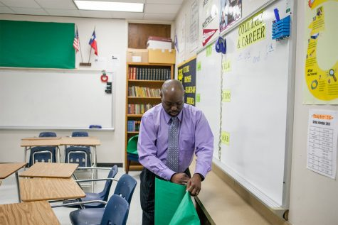 Roderick Scott, in his Dallas classroom on March 12, 2018 Courtesy of Leslie Boorhem-Stephenson for The Texas Tribune
