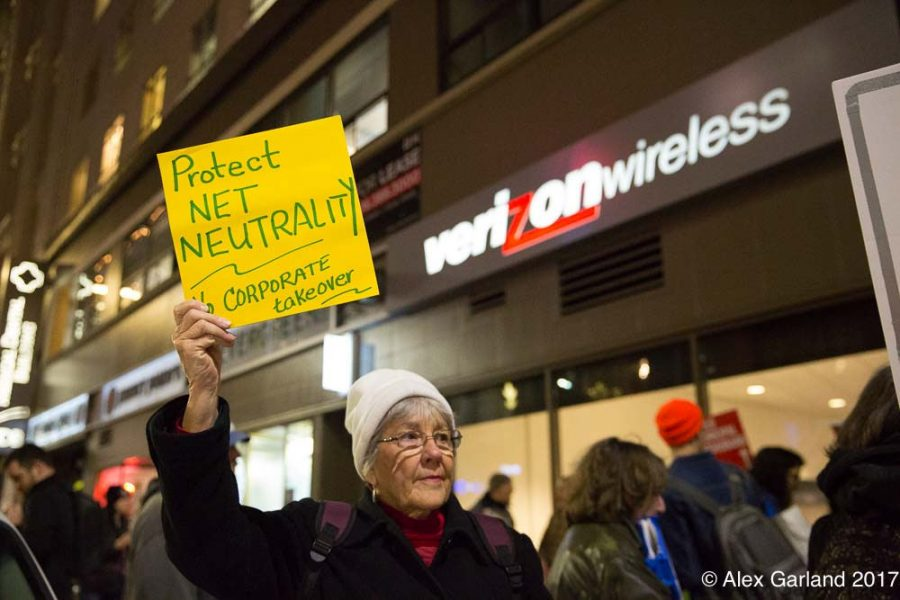 We love net neutrality action at Verizon, which is one of over 600 actions outside of Verizon stores. Photo courtesy of Alex Garland