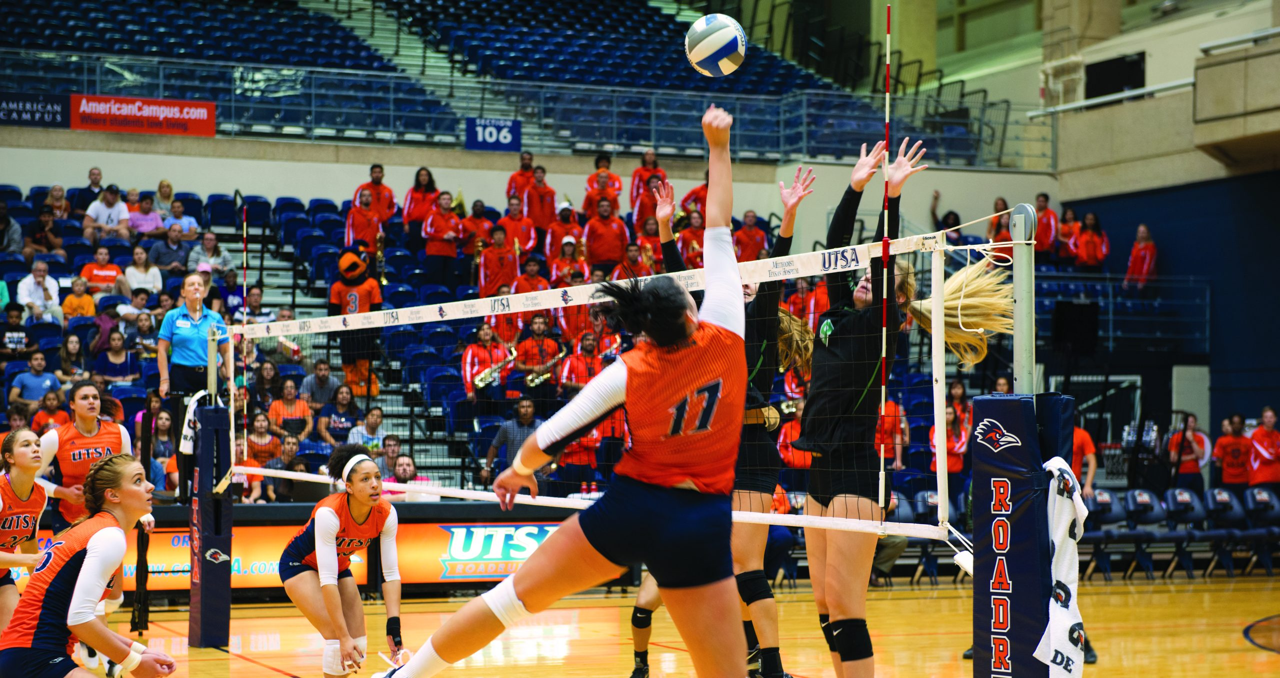A Roadrunner attempting to get a spike against Marshall. Chase Otero/The Paisano