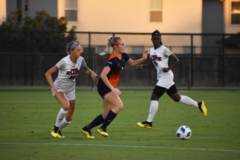 Lochte chases after a ball agaisnt FAU last Friday.