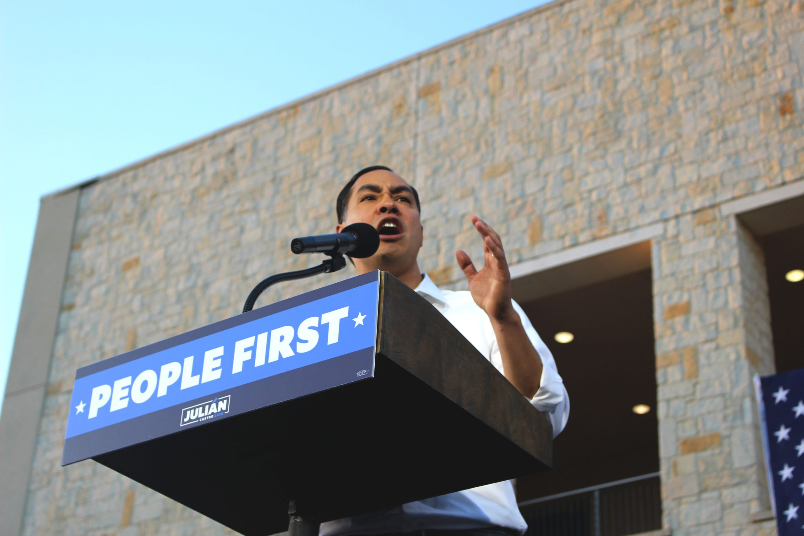 Julián Castro opening his #PeopleFirst rally. Alex Hanks/The Paisano