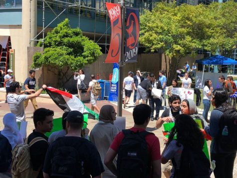 Students for Justice in Palestine protest the San Antonio Hillel Israel Block Party.