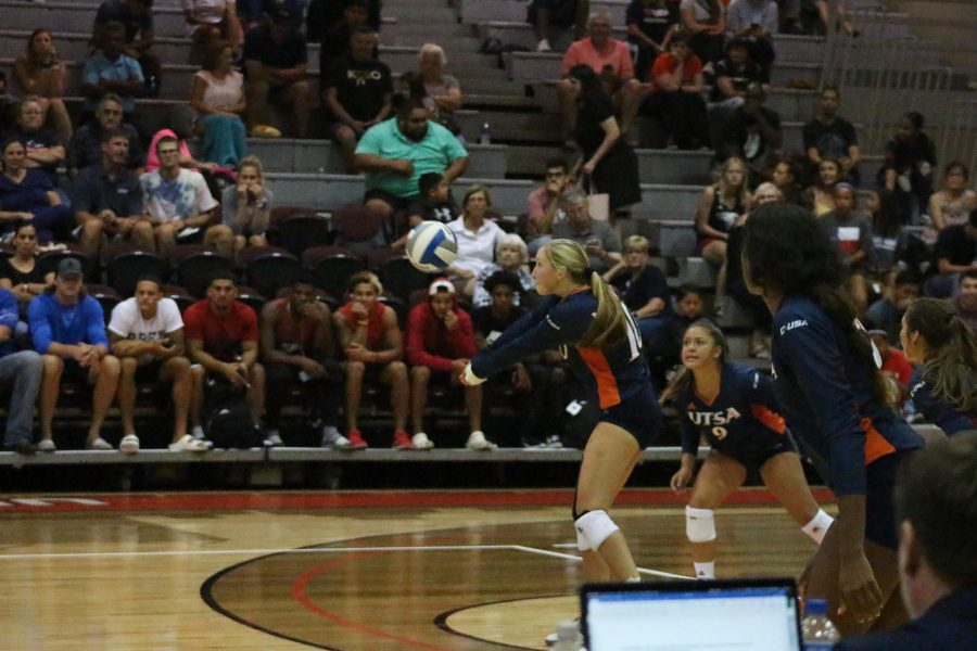 UTSA_Volleyball_vs_UIW_Julia_Maenius20190825_004