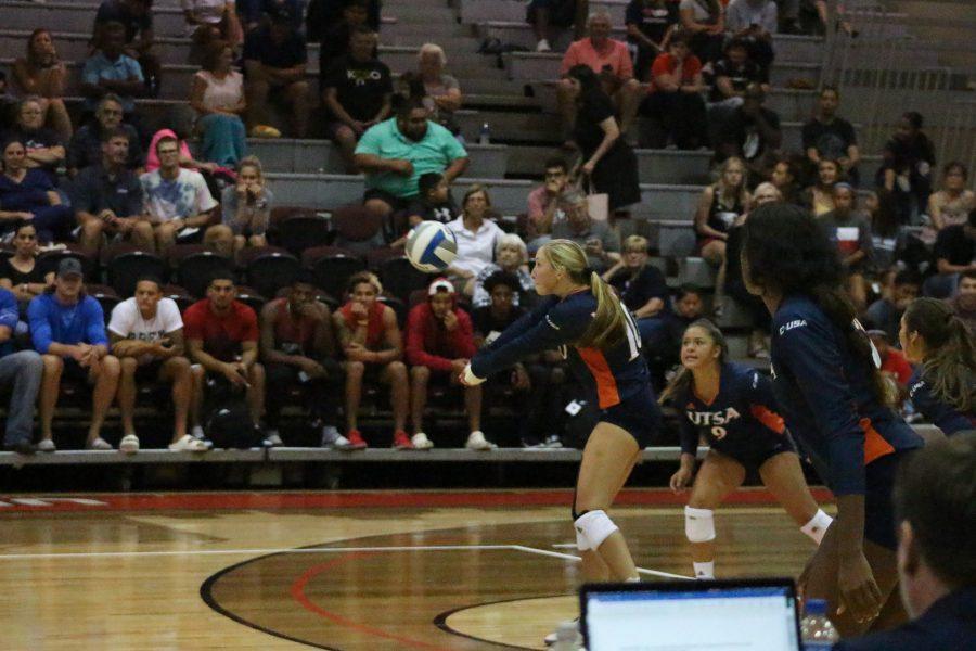 UTSA_Volleyball_vs_UIW_Julia_Maenius20190825_004