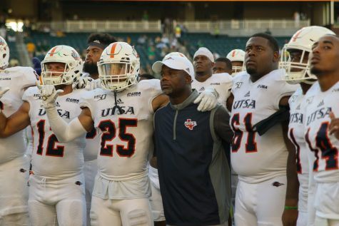 'Feel the juice': Meet Jeff Traylor Get to know the third head coach in UTSA football history