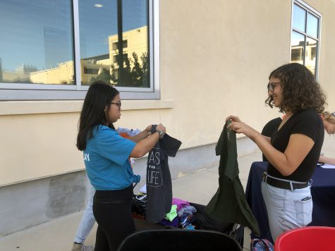 Students participate in T-shirt Exchange. Photo by Breahna Luera
