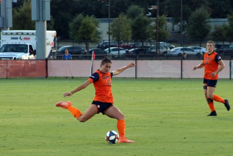 Sarah Bayhi makes an attempt to score a goal against the Lady Techsters. Photo by Julia Maenius