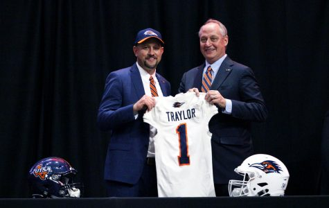 Feel the juice': Meet Jeff Traylor Get to know the third head coach in UTSA football history