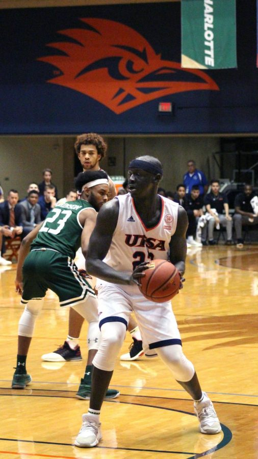 Atem Bior looks to pass the ball. Bior is wrapping up his final season playing for the 'Runners.