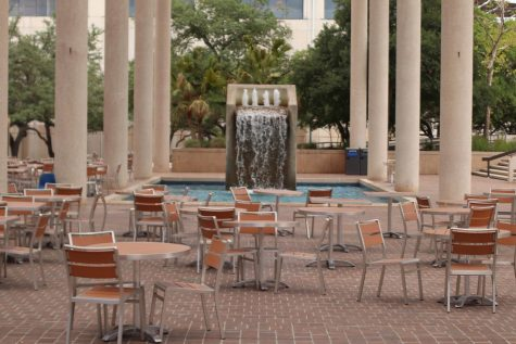 The Sombrilla Plaza fountain in front of the John Peace Library. Student Health Services will offer COVID-19 testing to symptomatic students, according to the new report from the Public Health Task Force.