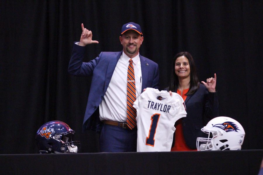 UTSA%27s+Vice+President+for+Intercollegiate+Athletics+and+Athletics+Director+Lisa+Campos+and+head+football+coach+Jeff+Traylor+at+Traylor%27s+welcome+conference+in+December+of+2019.+