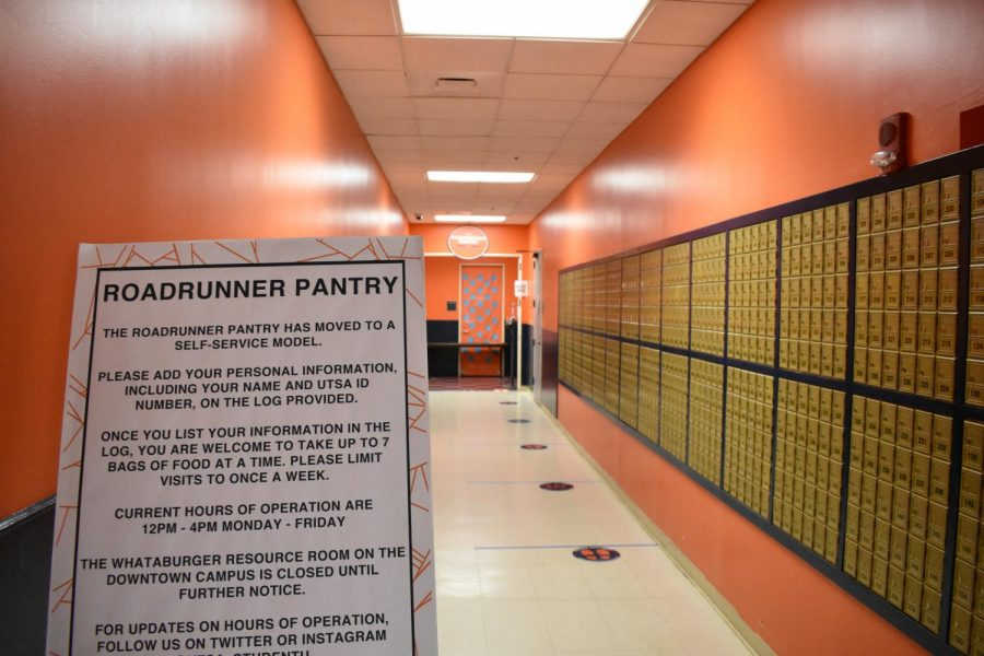A sign in front of the Roadrunner Pantry describes how students can utilize the food pantry. The Student Government Association's $9,000 allocation will allow them to buy items to donate to the pantry in the coming months.