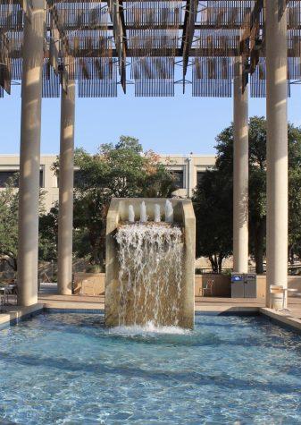 The Sombrilla Fountain in front of the JPL. Harvey E. Najim