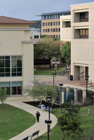The North Paseo Building (center, back) holds the Title IX office on the fourth floor. UTSA will continue using mandatory reporters even though it is no longer federally required. Photo by Robyn Castro