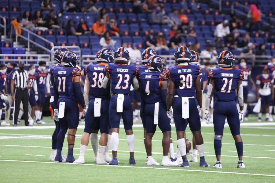 The Roadrunner defense huddles up and waits on the Army Black Knights to set up on the line of scrimmage. UTSA fell to Army 28-16.