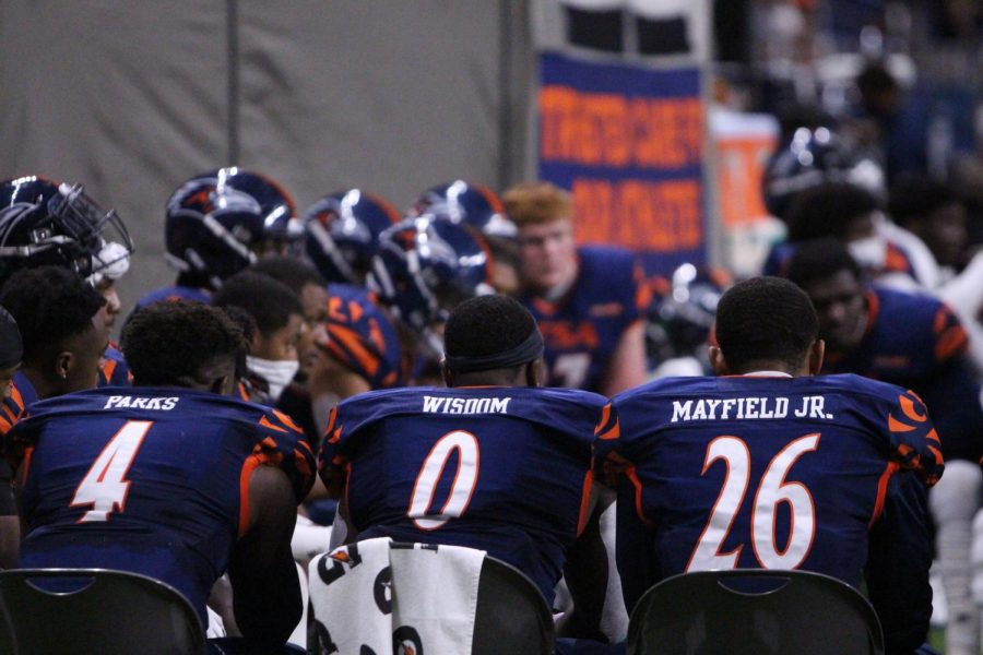 UTSA's defense huddles up on the sideline during a game against Army in October. The team hopes to return to play on Saturday against UTEP.