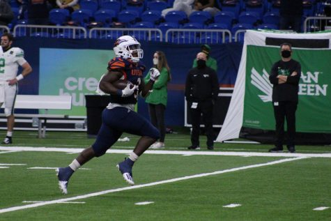 Sincere McCormick breaks away for a long touchdown run against North Texas on November 28th. McCormick would set the single game rushing record for UTSA in the win with 251 yards on the ground.