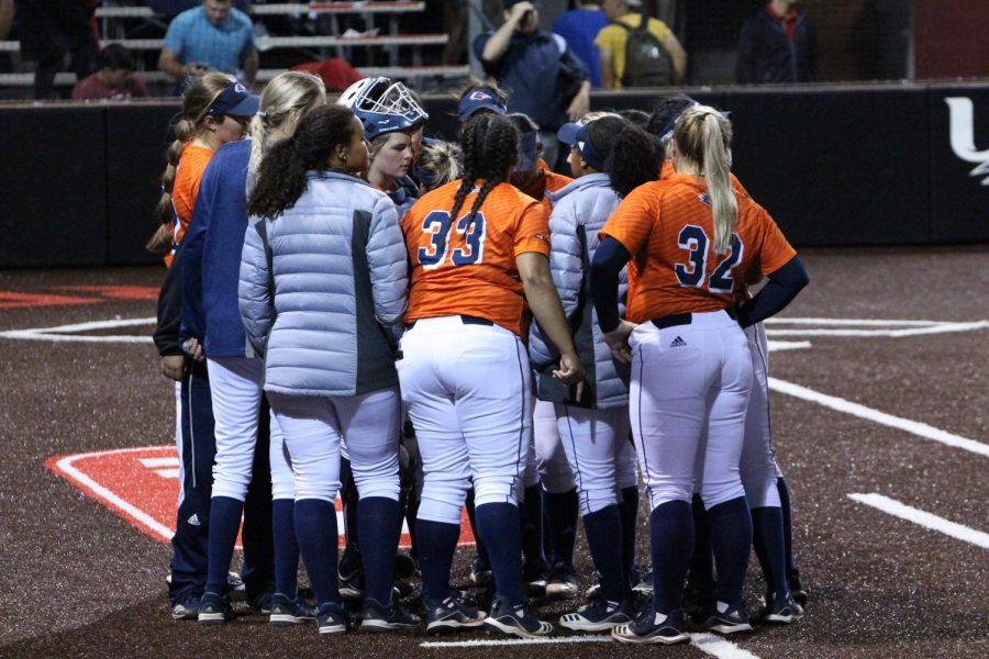 UTSA softball huddles up to talk over strategy in between innings during a game last season. UTSA was outscored 16 to 35 during the Mizuno Classic.