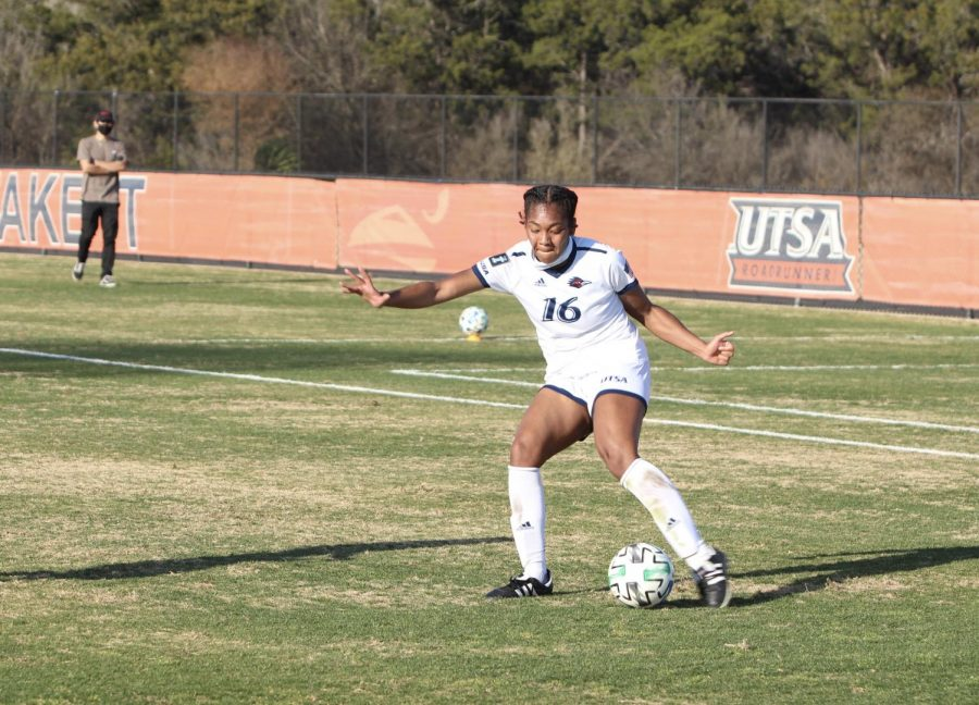 Sasjah Dade hits a cross into the box during a game against Houston. Dade, a freshman, has started all nine games for the 'Runners this season and scored her first career goal on March 7 against Houston Baptist.