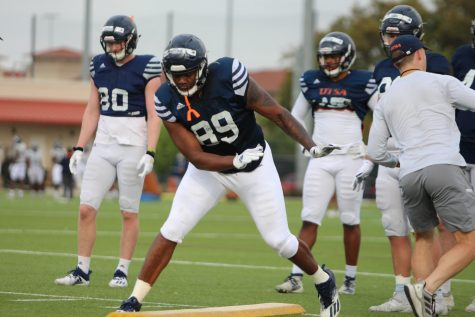 "Leroy Watson takes part in a receiving drill during spring practice. Watson is one of 12 returning ""super"" seniors for UTSA and is coming off a season where he caught 14 passes for 176 yards."