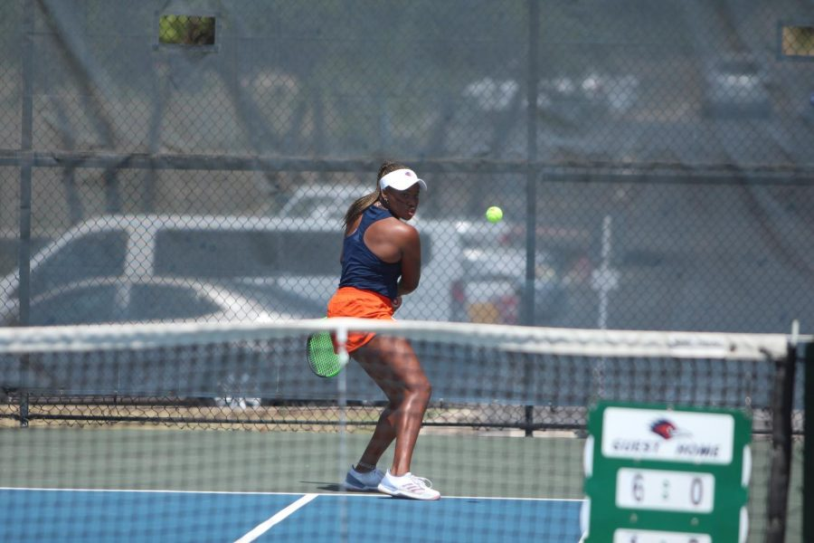 Sophie Omoworare returns a ball during a match earlier this season. Omoworare and her partner Aleksandra Zlatarova helped secured the crucial doubles point for the 'Runners that ended up being the difference in their 4-3 victory over A&M-Corpus Christi.