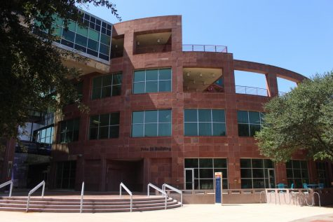 Downtown Campus remains closed with several buildings locked and only one in-person class. Julia Maenius/The Paisano