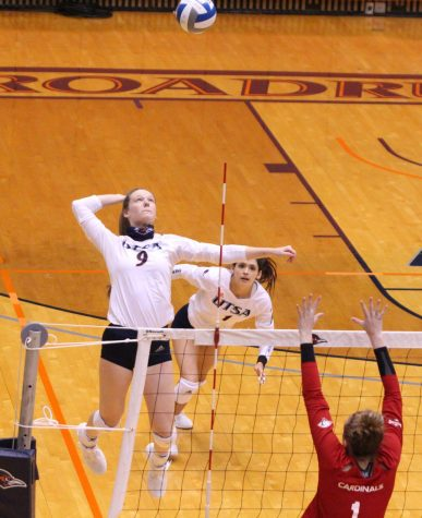 Kelsey Carpenter prepares to spike the ball during a game last season against UIW. Carpenter has appeared in every match for UTSA this season and registered a season high eight kills against Coastal Carolina on Saturday night. Julia Maenius/The Paisano