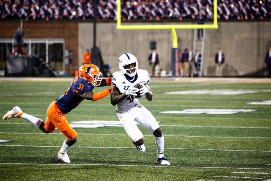 Zakhari Franklin turns the corner and heads upfield after making a catch on Saturday night. Franklin went for a career high 155 yards on 10 catches with a touchdown in the victory. Jamal Colley/UTSA Athletics